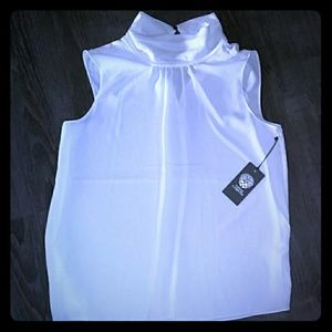 NWT Vince Camuto white sleeveless blouse xs